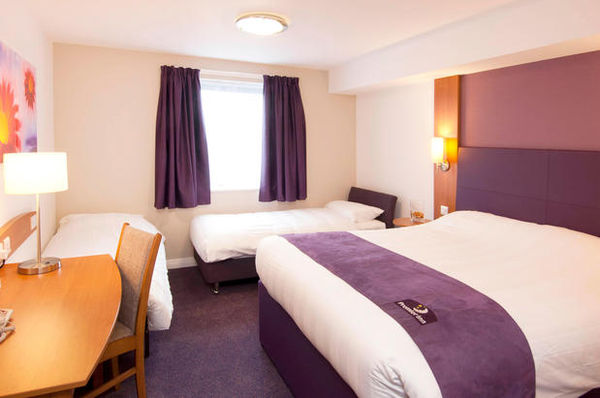 Premier Inn East Midlands Airport hotel - 23.10.19